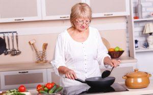 סדנת בישול בדיור מוגן